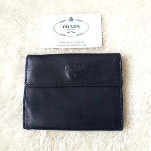 ❣Prada Compact Wallet ❣